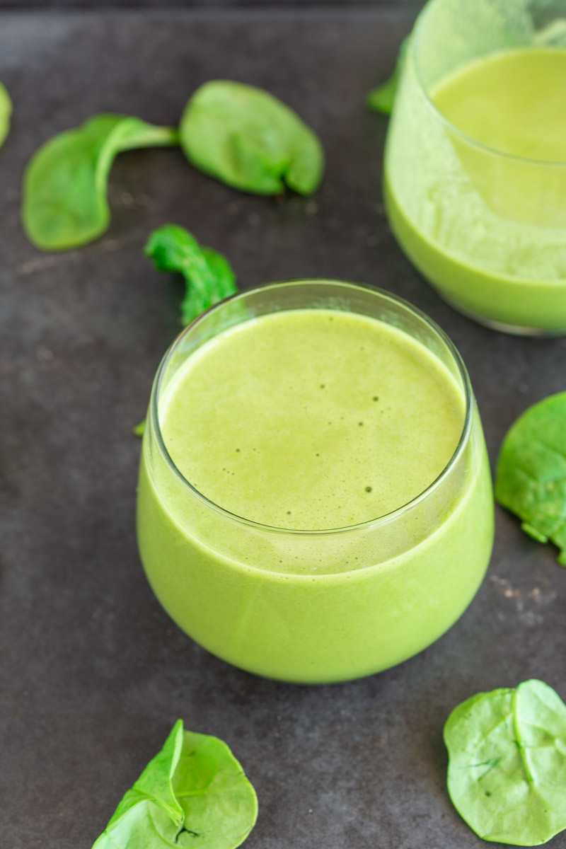 green smoothie with protein